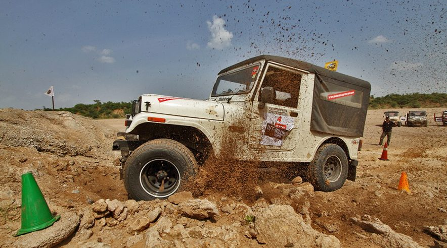 Gulf Car Off Roading @ Mahindra  Great Escape