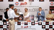 Nagpur helmet distribution